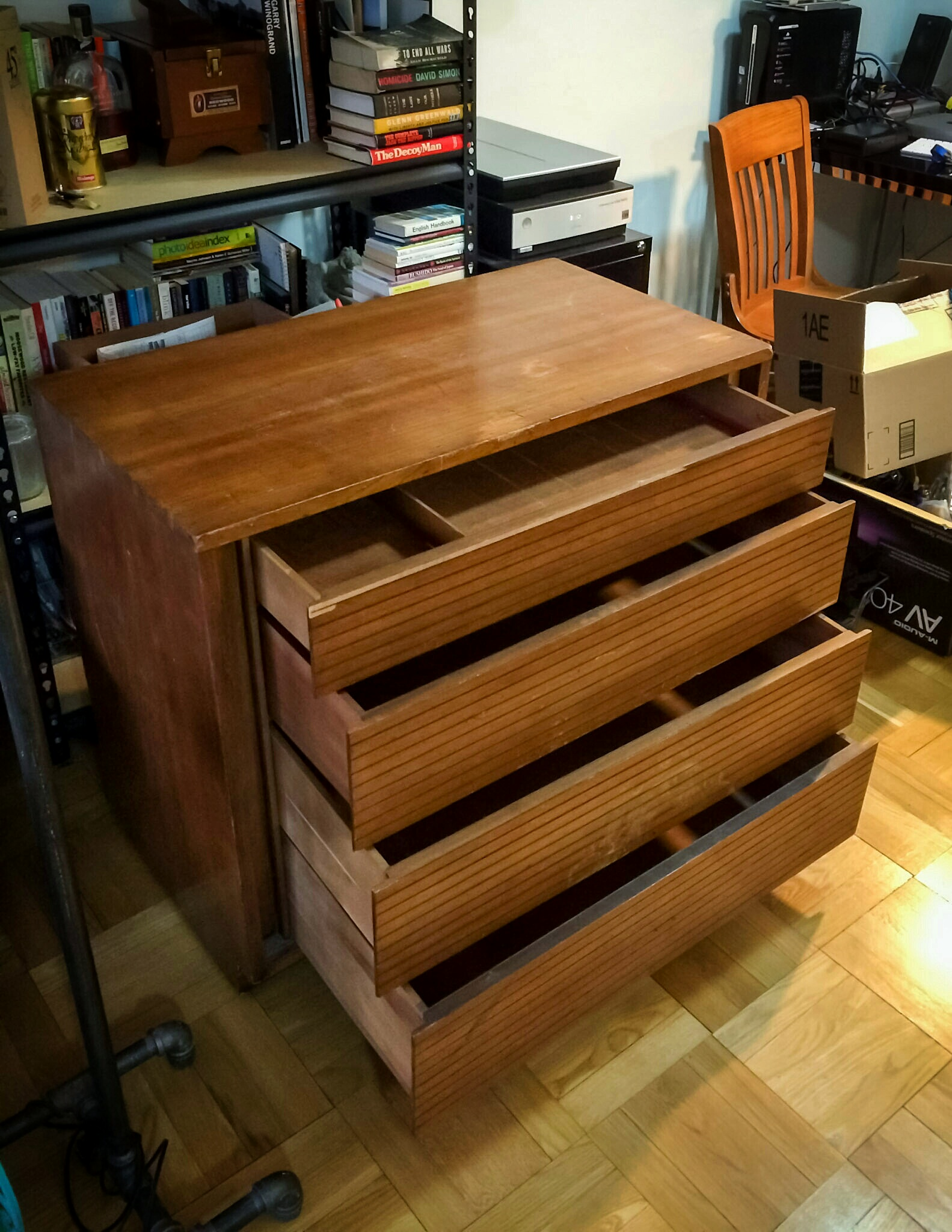 Dresser Pic 0